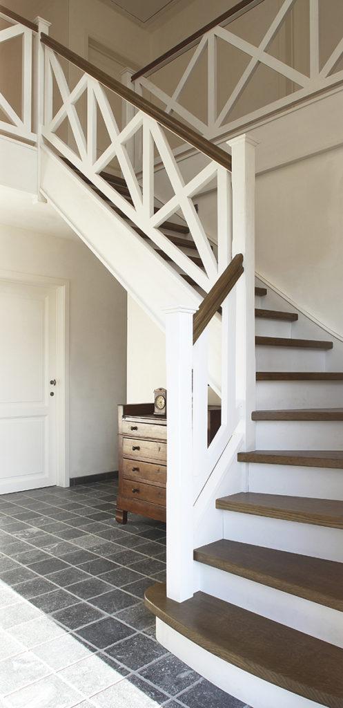 Houten cottage trap © D'Hondt NV