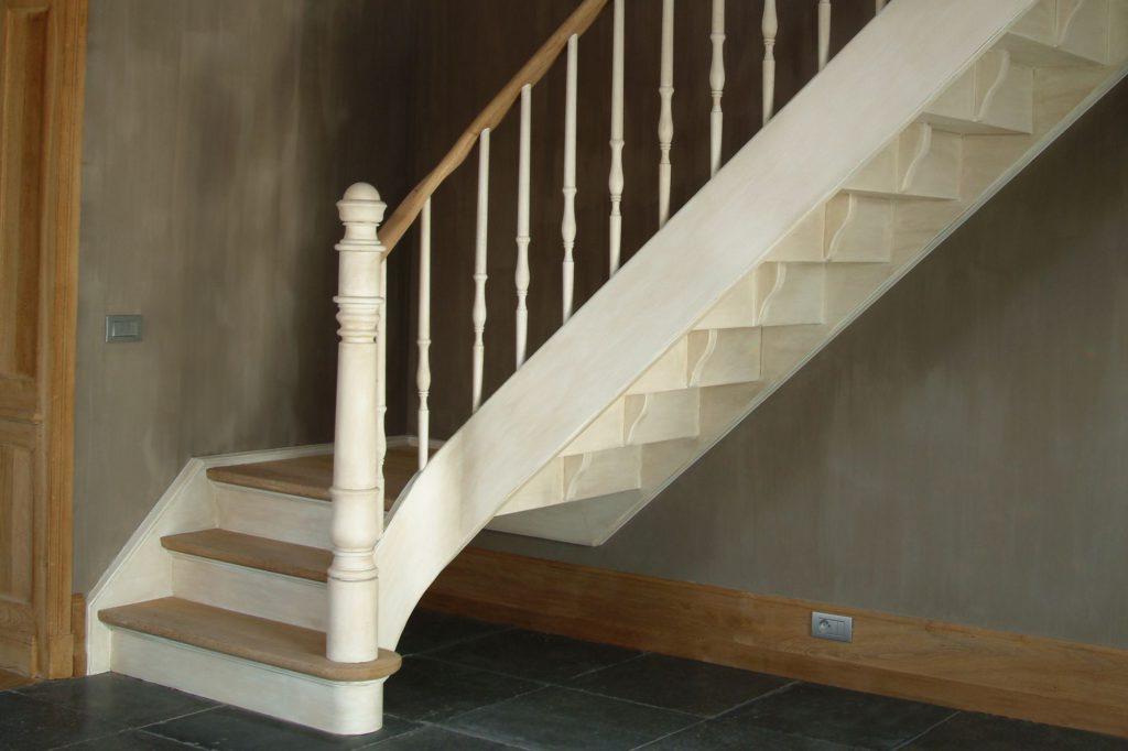 Landelijke trap met kwartdraai © Trappen Smet