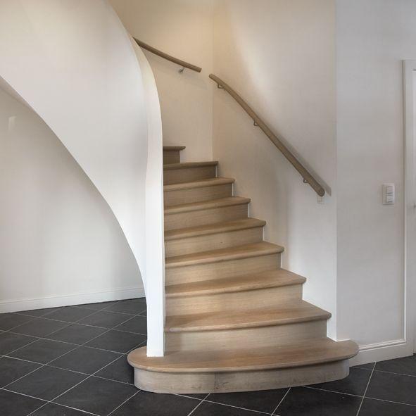 Landelijke houten trap met landelijke trapleuning © Trappen Smet