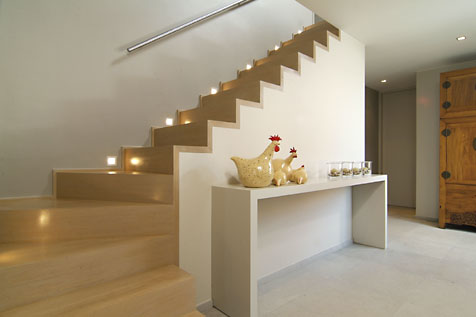 Betonnen trap met hout © Sd Schrijnwerkerij