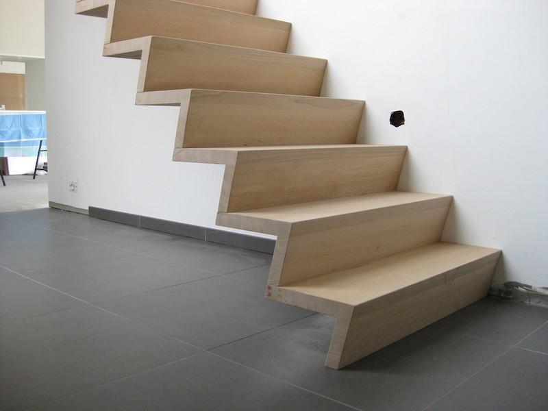 Moderne houten Beuken trap © Trappen Haerinck